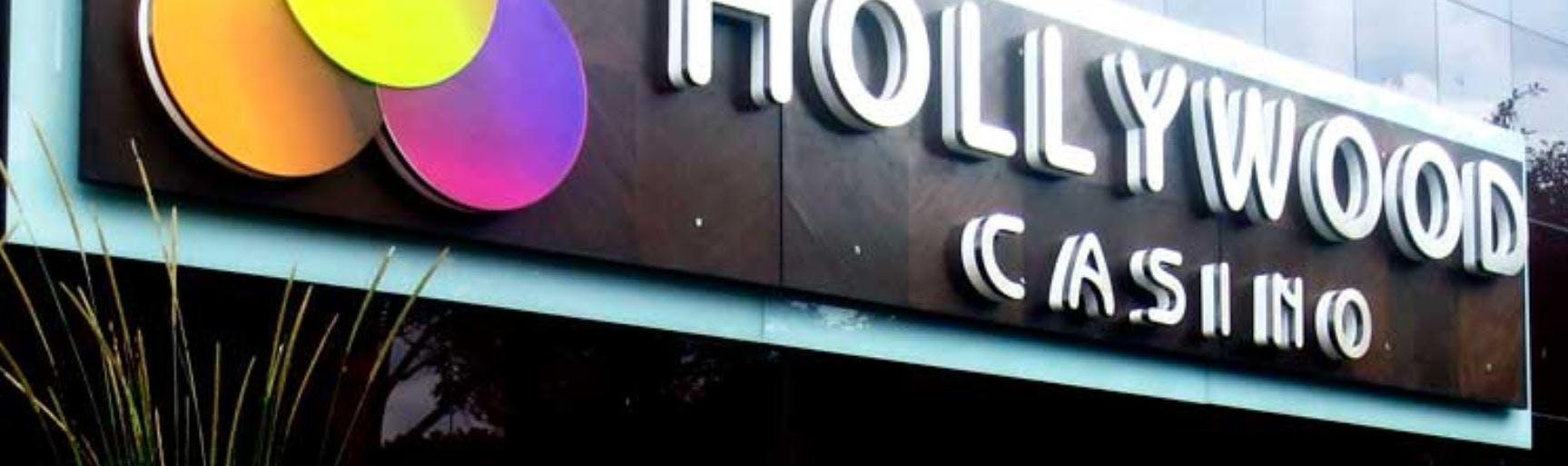 Hollywood Casino Y Café Concert Milla de Oro en Medellin